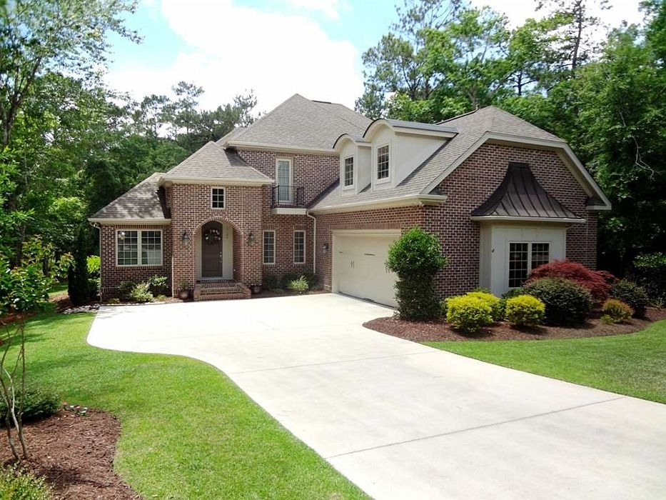 Custom Built home in Rivers Edge Plantation